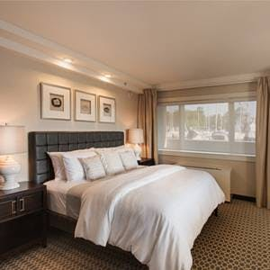 The Windward, a king bedded room with a view of Manhasset bay