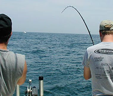 Ludington Area Charter Boats & Lake Michigan Charter Fishing - Fish On!