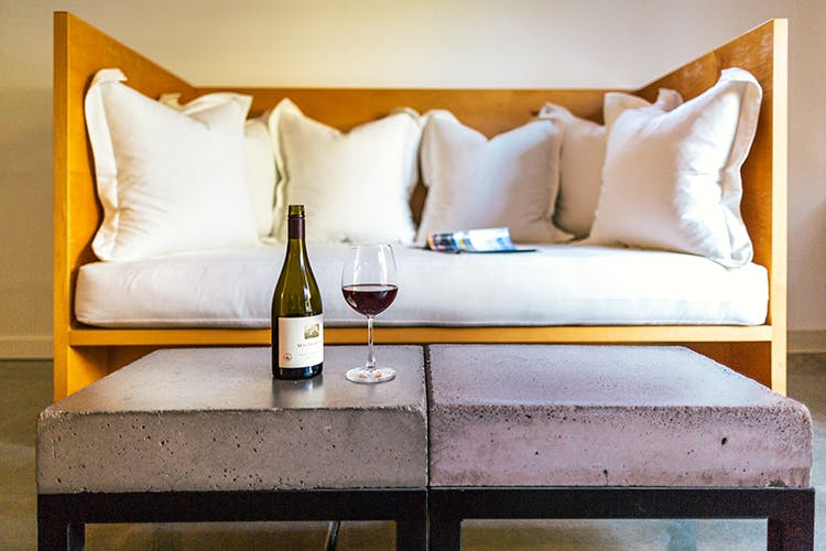 Relax and enjoy the Wine Country's most comfortable hotel in Healdsburg.