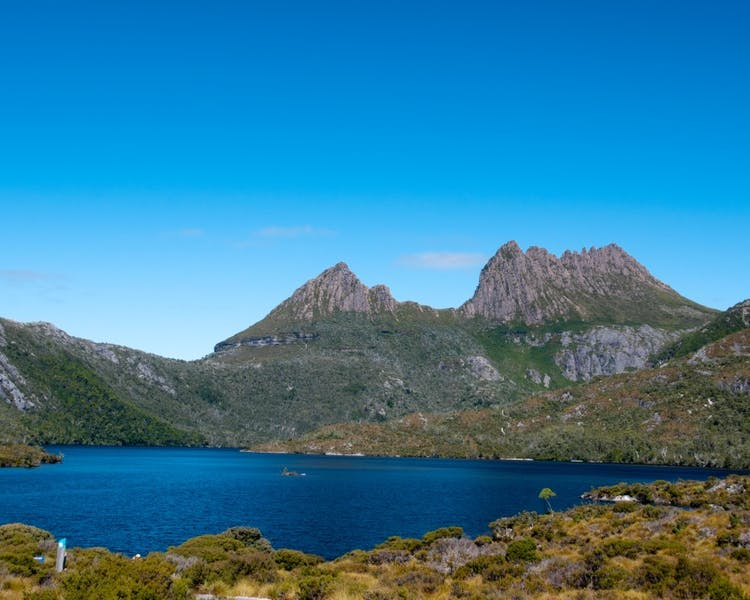 Nearby attractions, Dove Lake at Cradle Mountain
