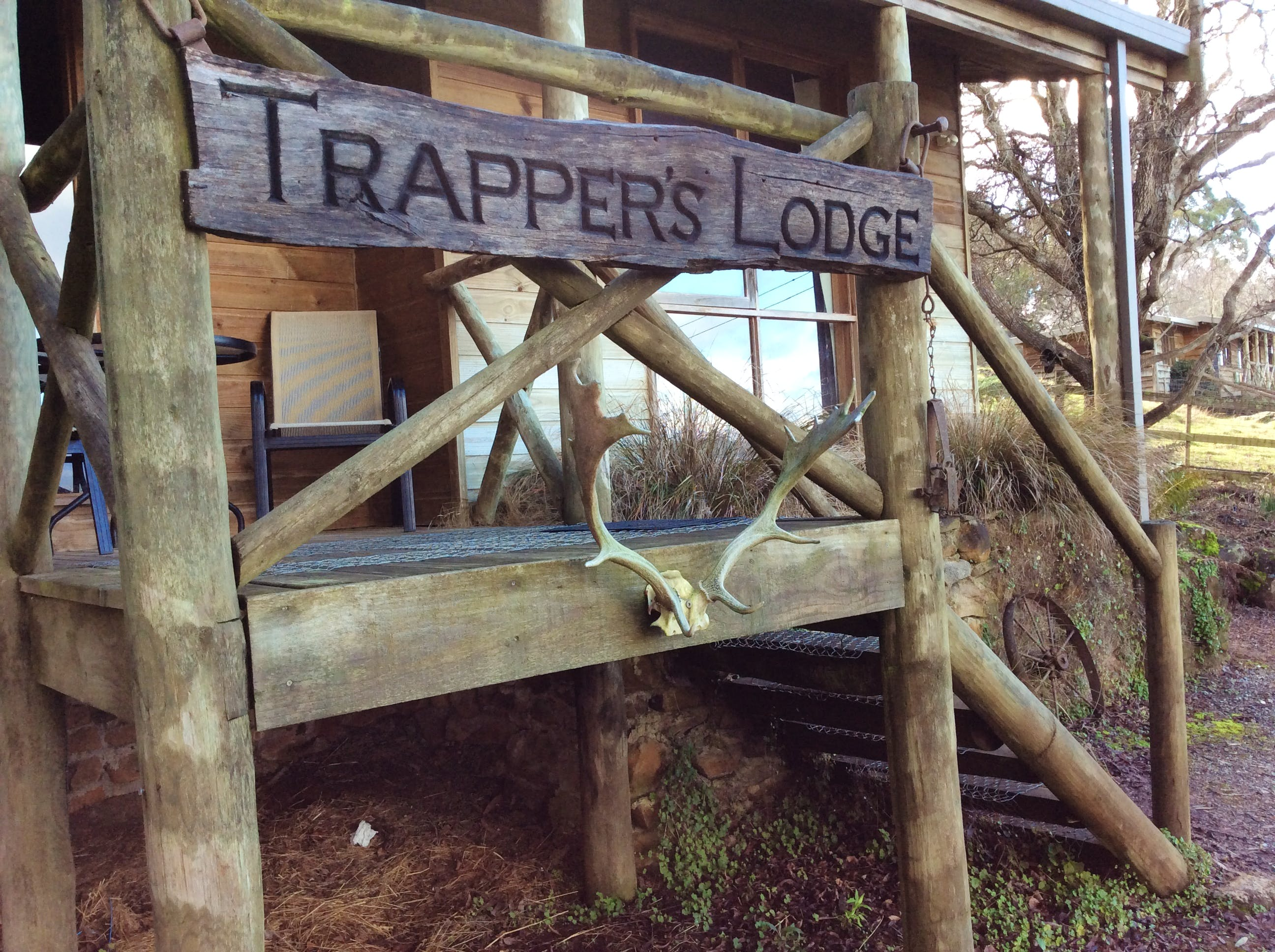 Trappers Lodge self-contained 4 bedroom house at Mole Creek Holiday Village