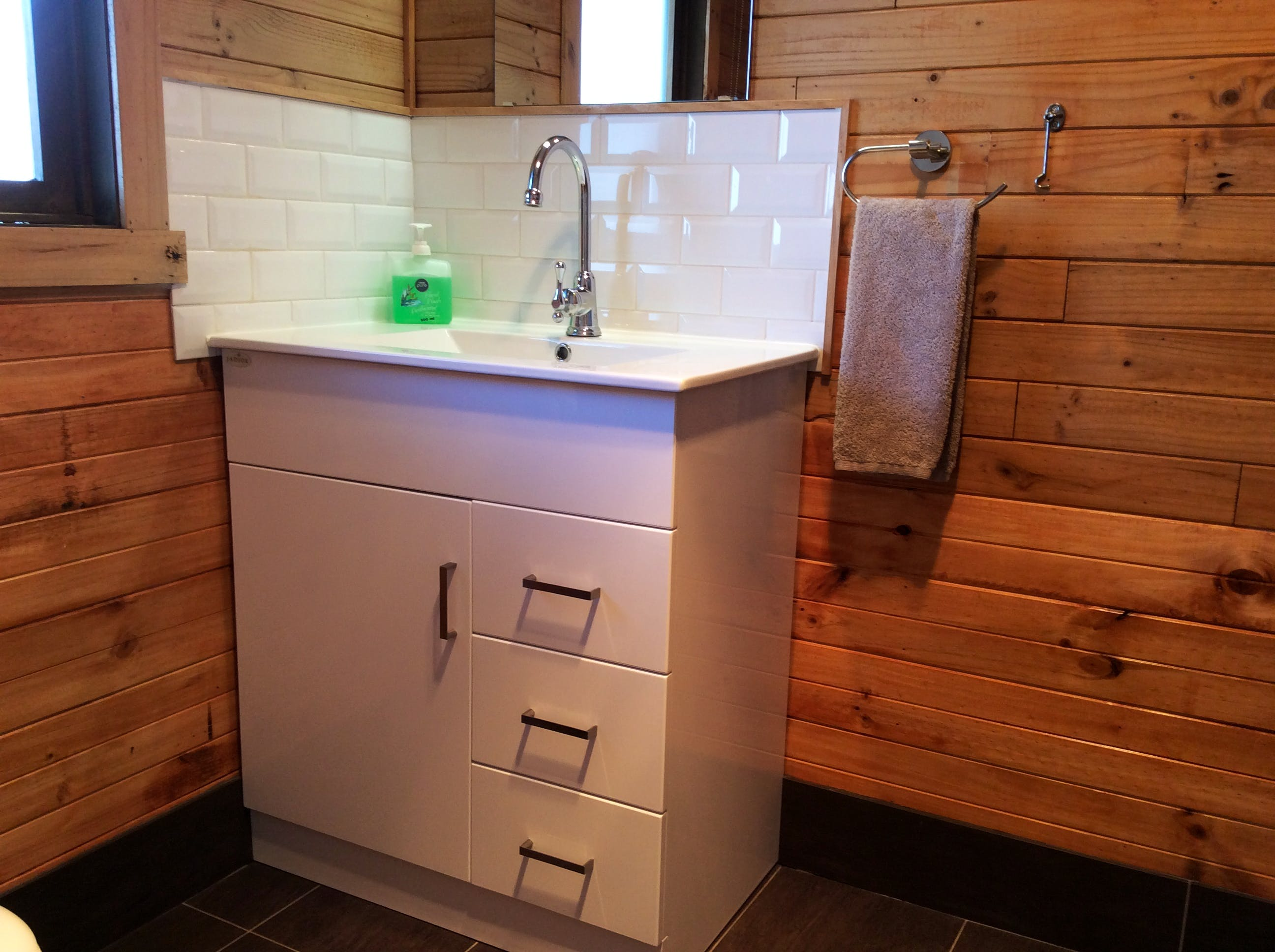 Ensuite Bathroom in cabin
