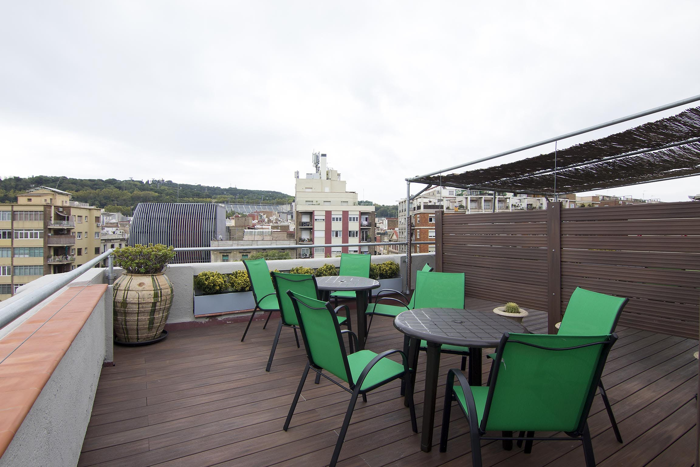 the Roof Top communal terrace