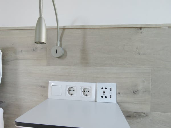 All apartments electrical power converters