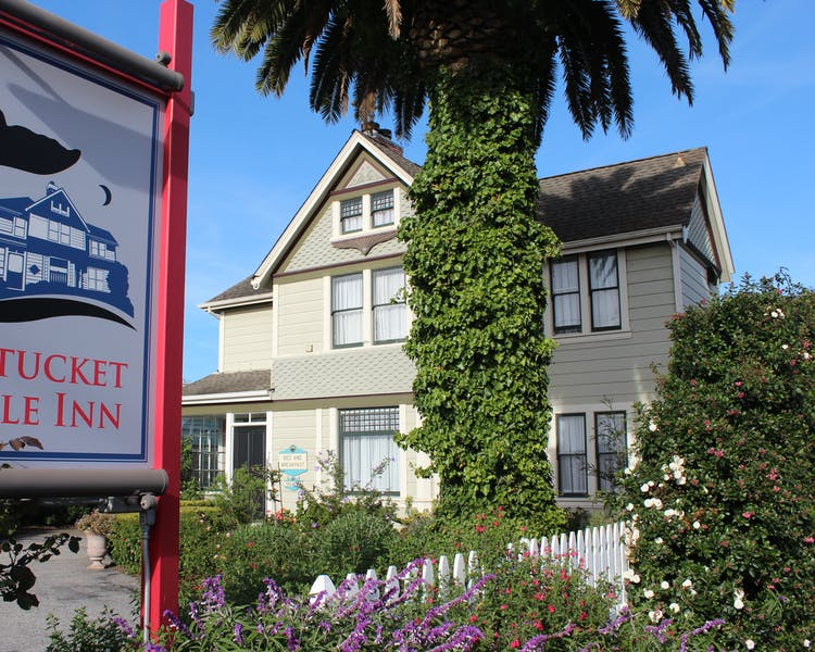 Nantucket Whale Inn sign and exterior of Inn