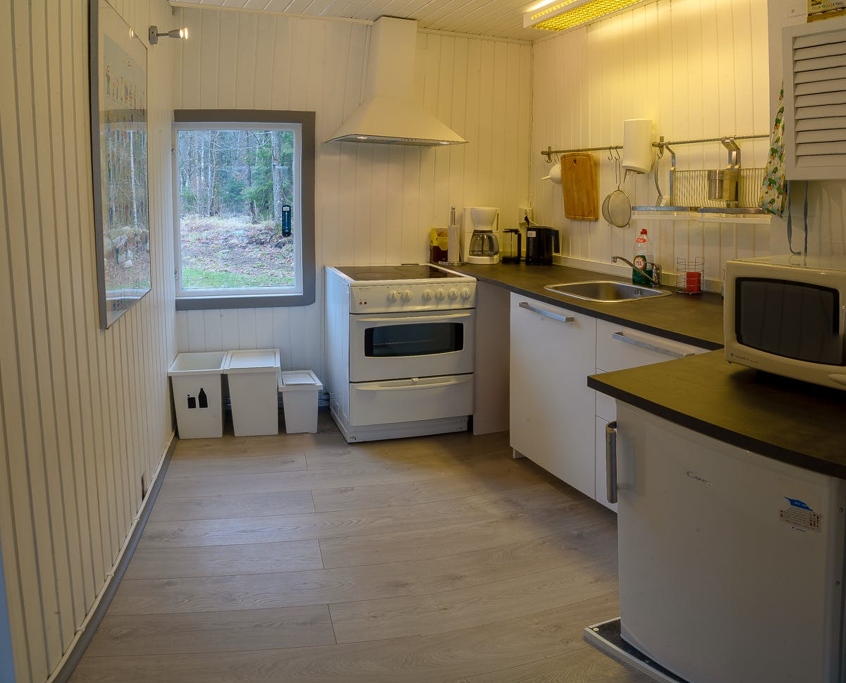 Evika 4 Kitchen amenities