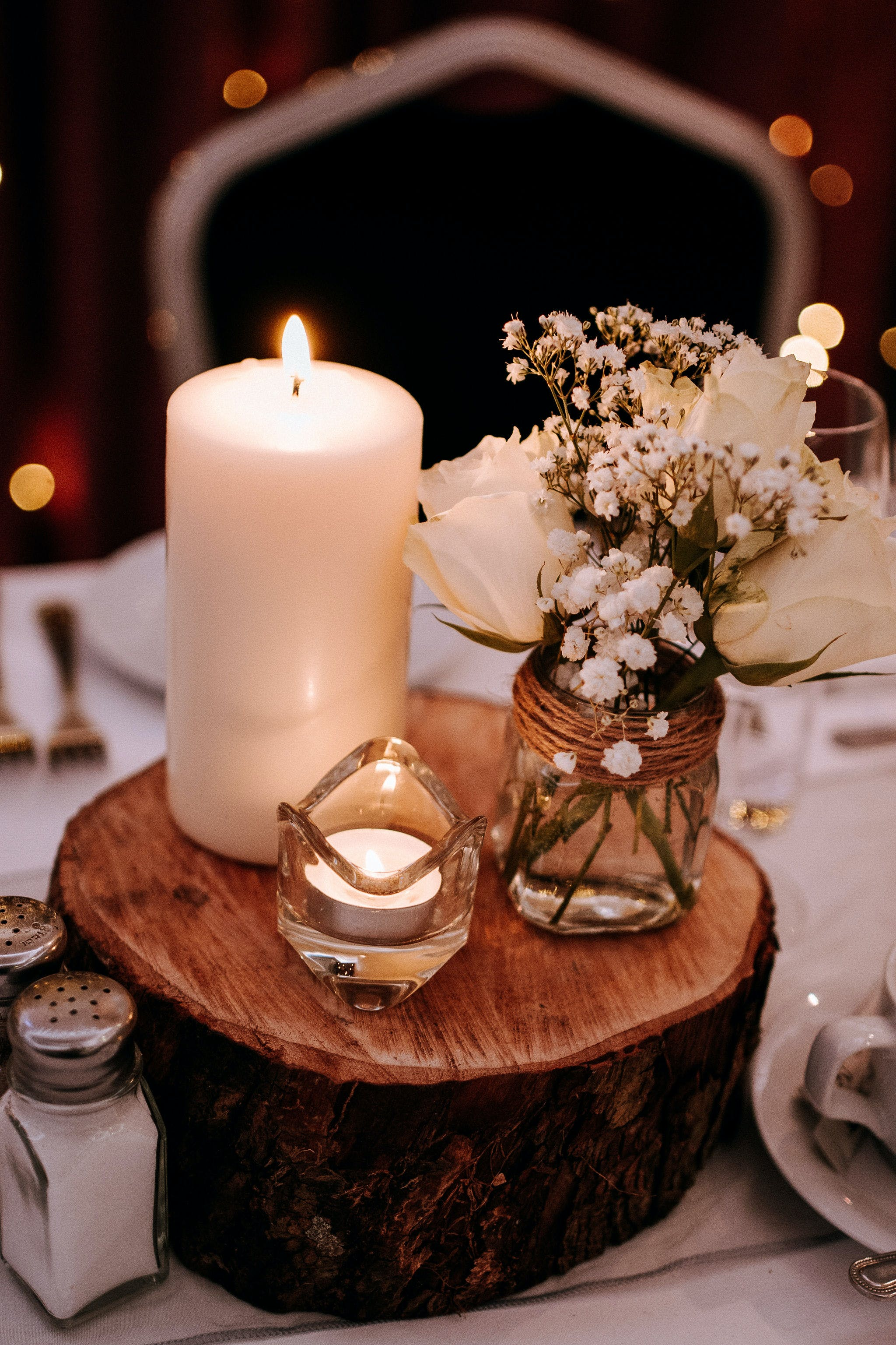 Gorgeous rustic table decorations for a wedding at Riverside Hotel.