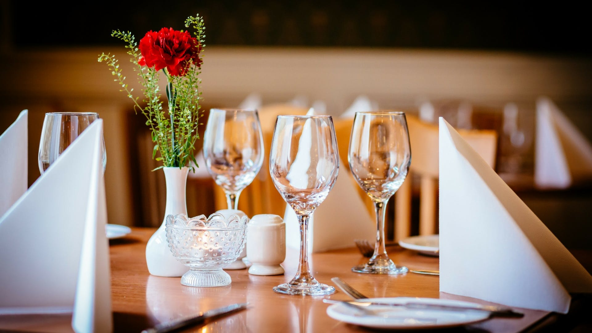 Evening dining at Gleesons Restaurant & Rooms, Roscommon