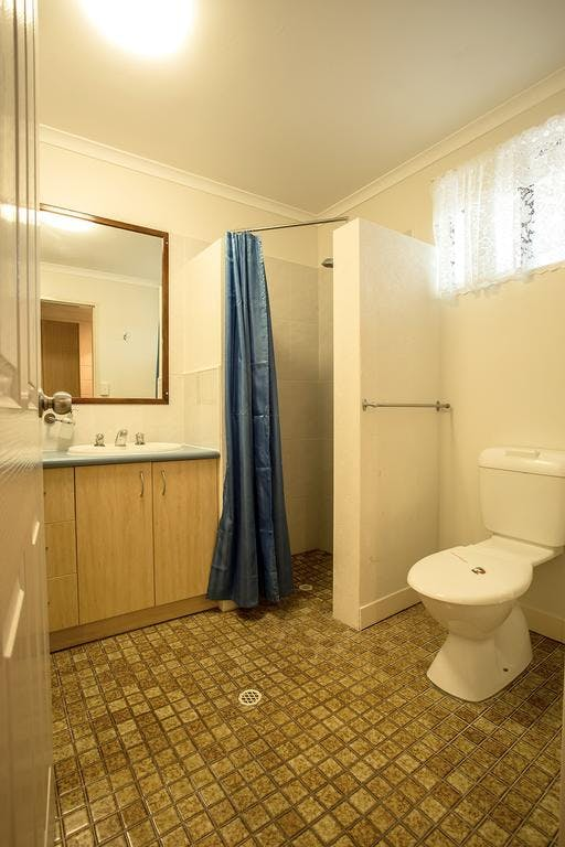 Motel Room Shower + Toilet