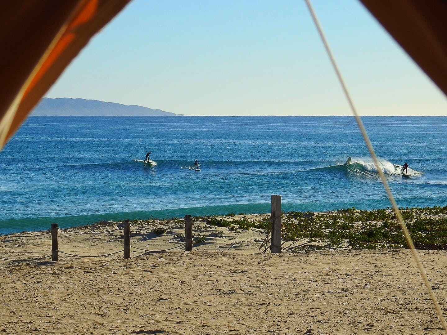 Surfing in La ventana? Yes in front of ChiloChill we have waves for surfing!