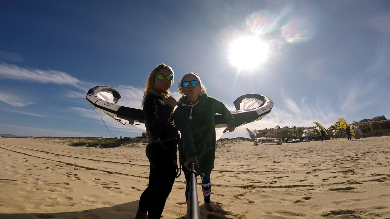 Kitesurf in La Ventana is a pure pleasure - especially with friends!