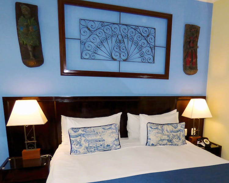 Hotel Casa Amarelindo Standard Room Bed Decoration