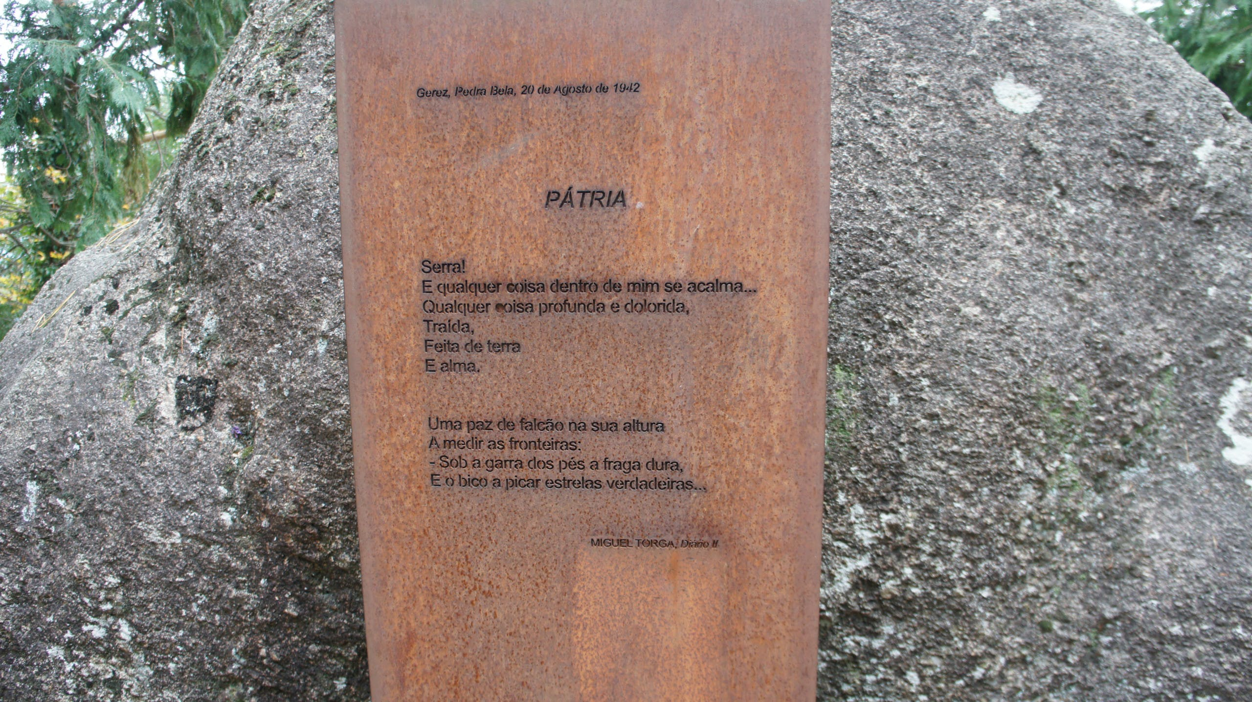 Text by Miguel Torga in Pedra Bela