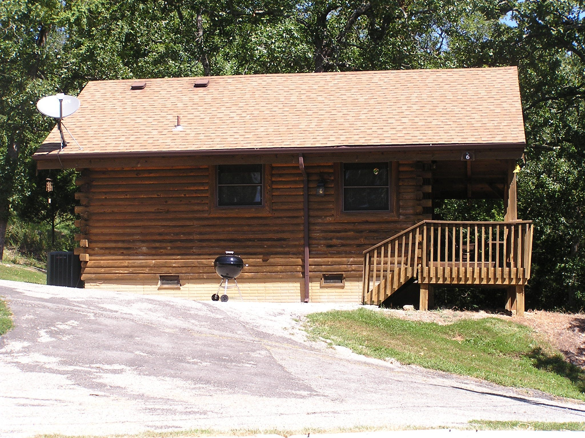 Log Cabin 6 - 1 bedroom