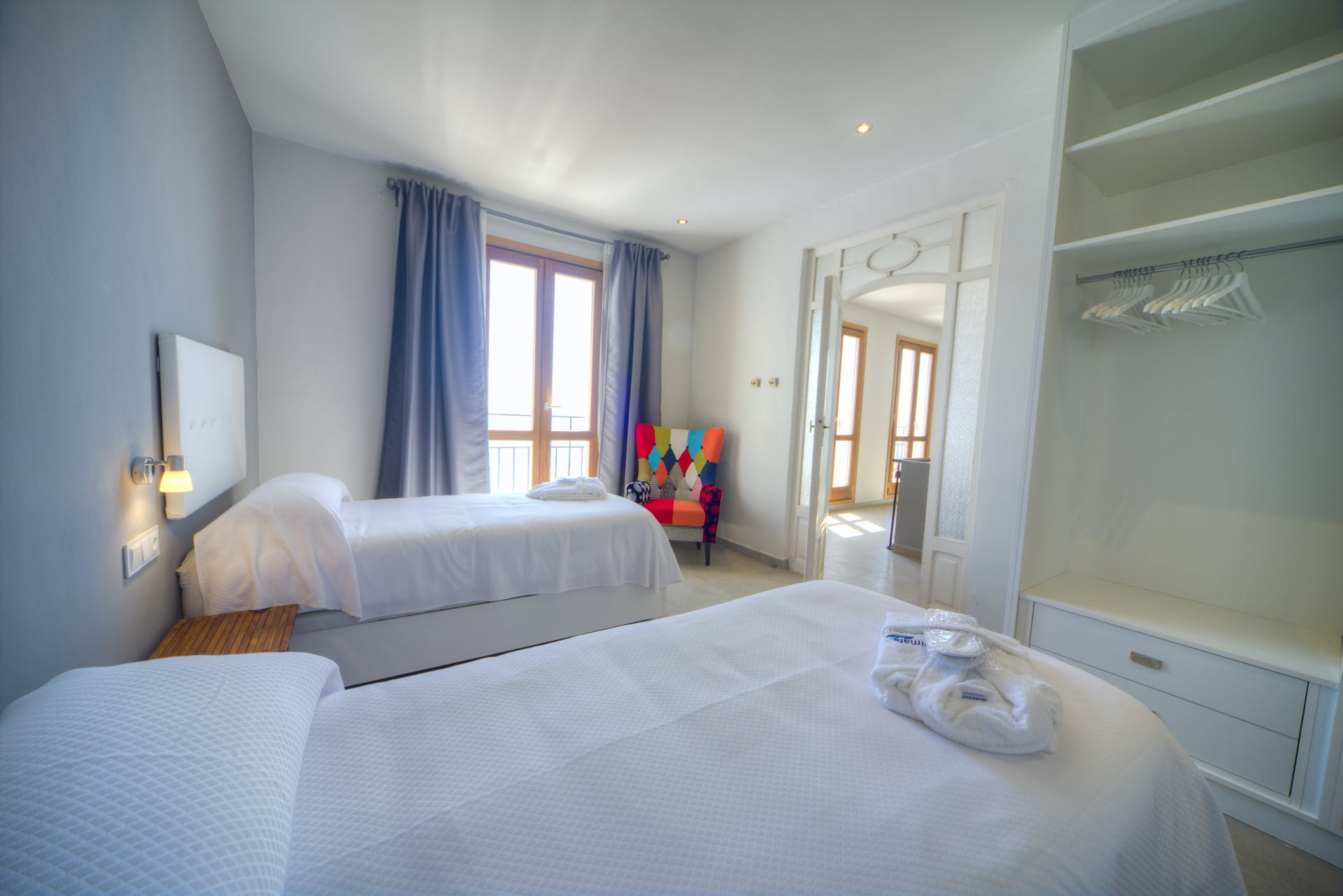 mimar urban altea sol twin room en suite
