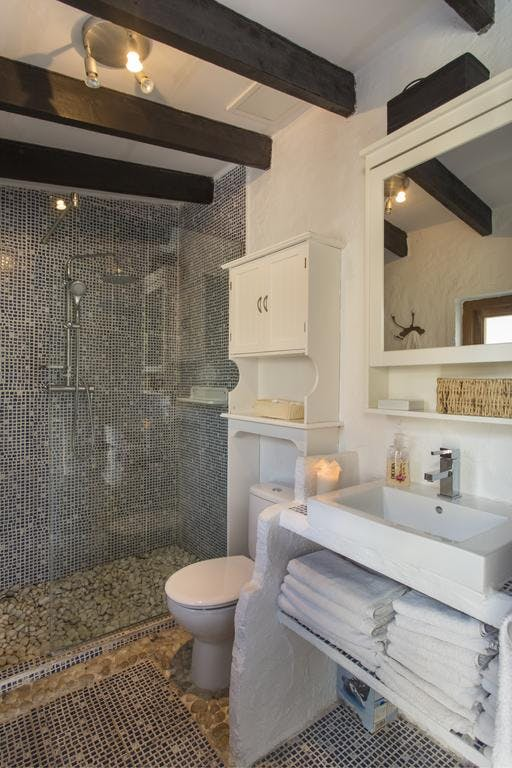 mimar villa altea bathroom