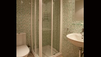 boulevard apartamentos by mimar shower in 2 bedroom apartment