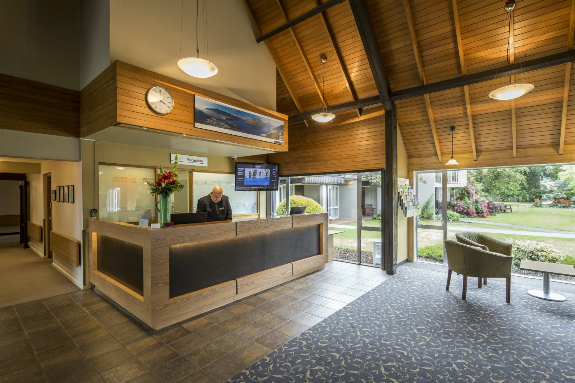Dunedin Leisure Lodge Reception