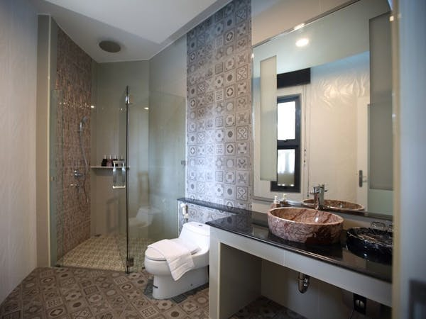 bathroom, shower, wis beach, khanom, sea, view, nadan, resort, pink dolphin