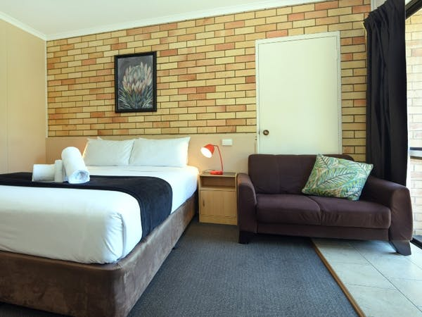 cheap long term accommodation toowoomba