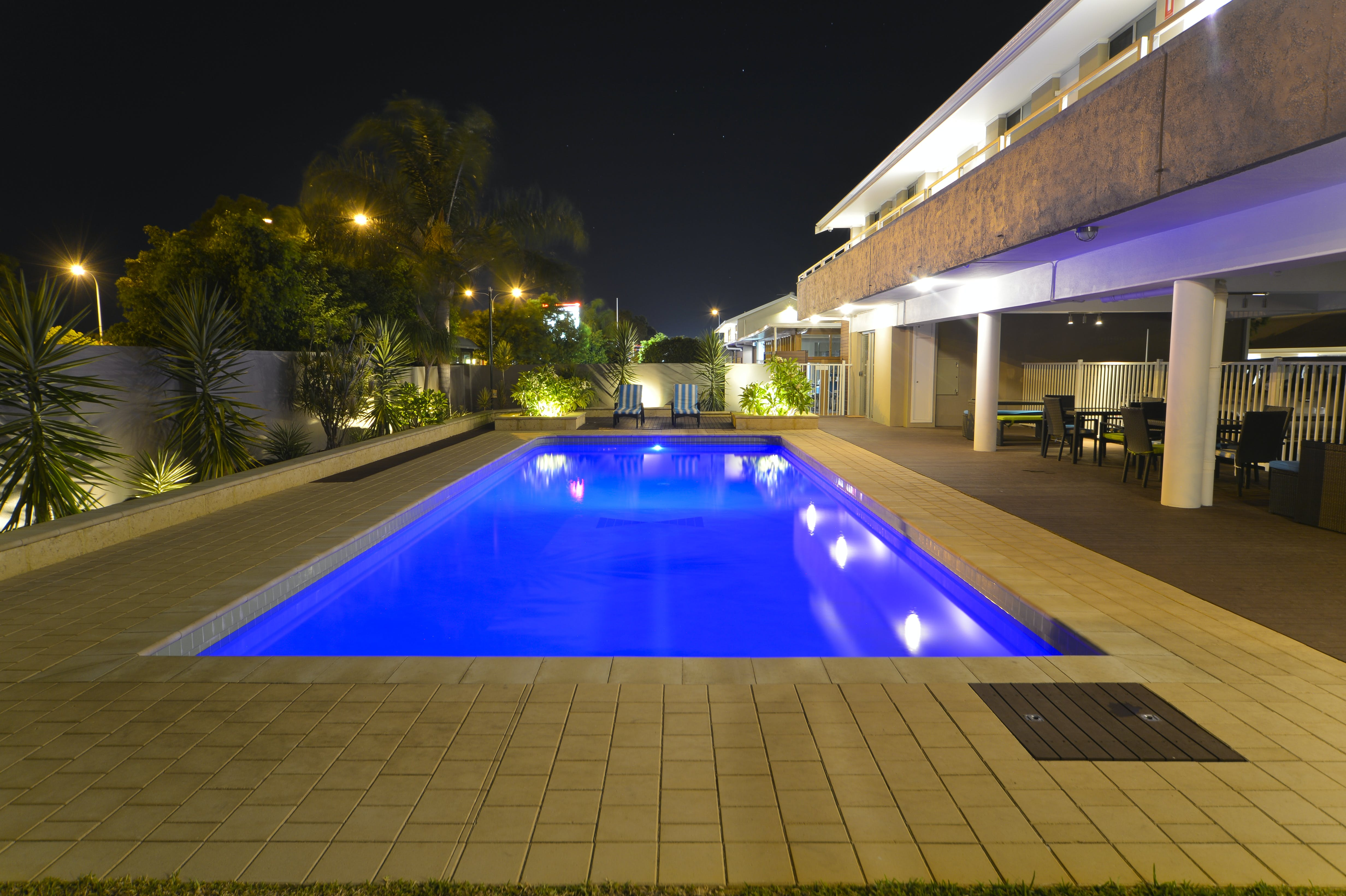 Swimming pool facilities at the Bentley Motel Perth