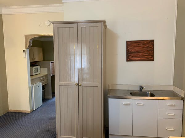 Standard King Room Kitchenette