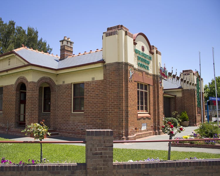 1 Farrer Place, Queanbeyan, NSW - one of the city's iconic heritage listed buildings