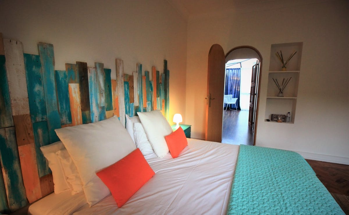 Cascais Cool Hostel Suites & Pool