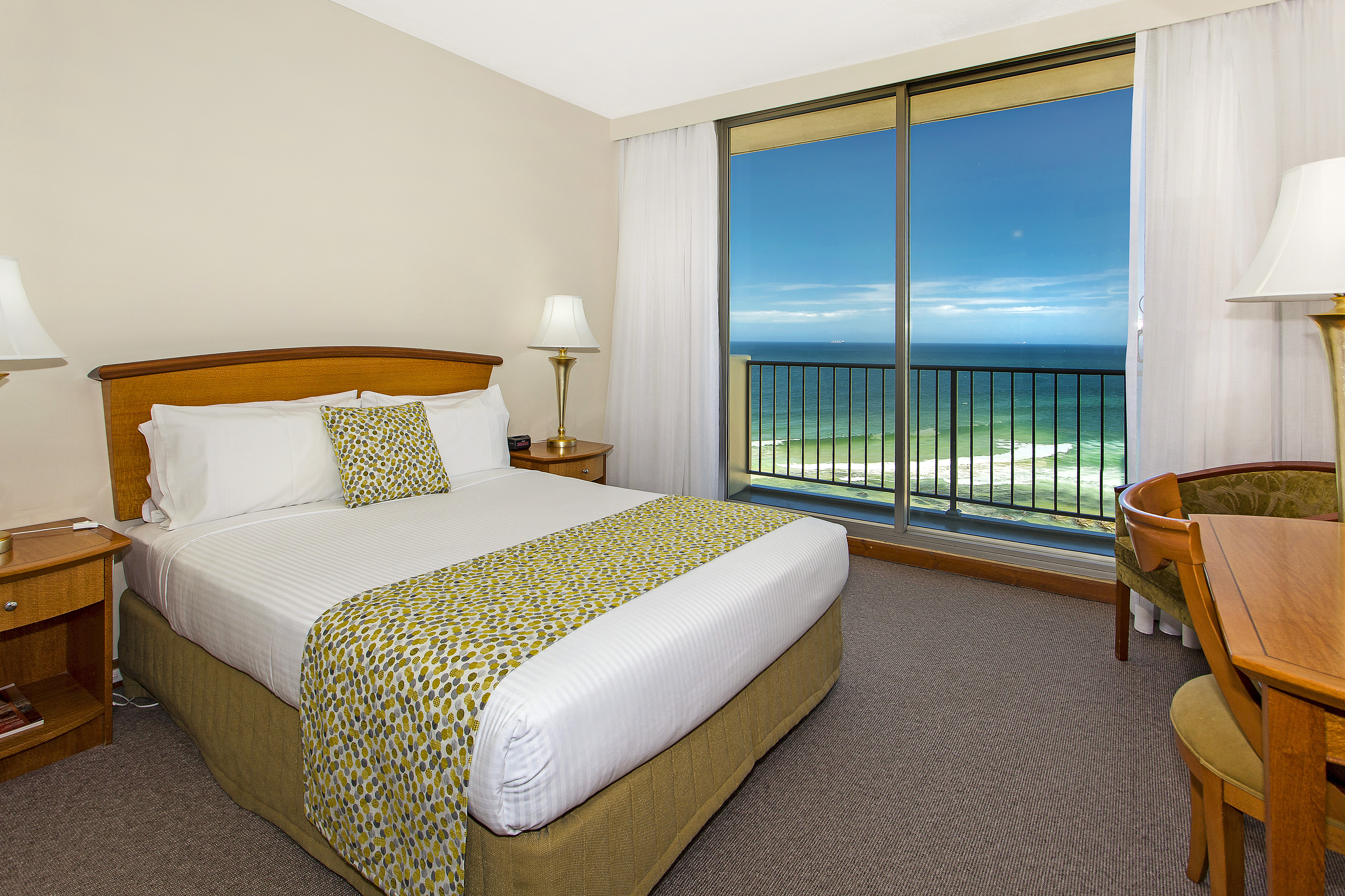 High Ocean View with Balcony | Quality Hotel Noah\'s On the Beach