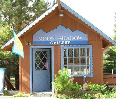 Moonshadows Gallery