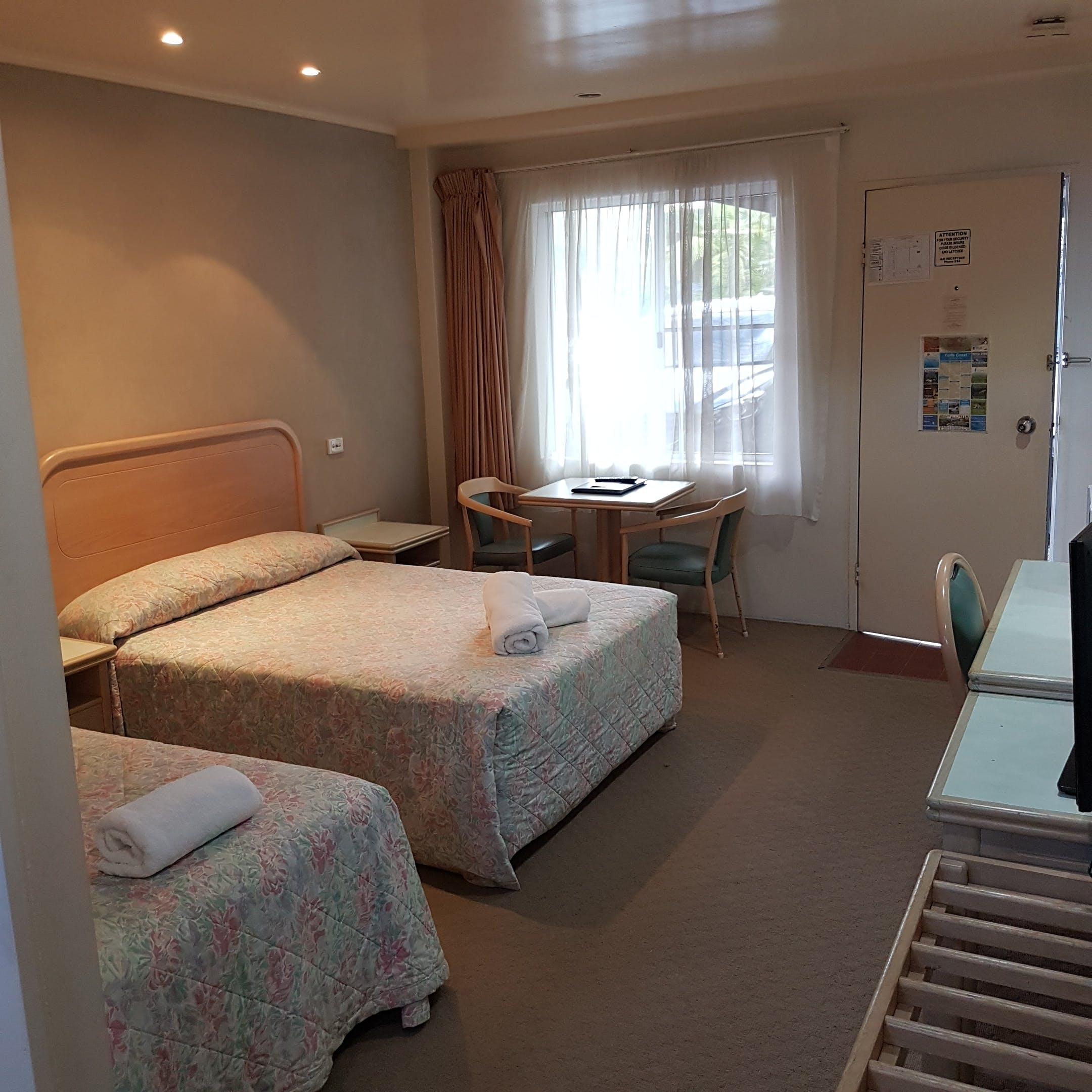 Twin Room - Disability Access | Chelsea Motor Inn