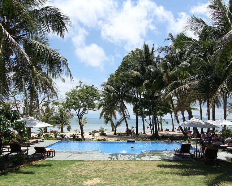 Phu Quoc Resort pool and sunbed