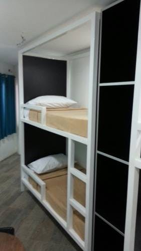 Mixed Dormitory Rooms Bunk Beds 1521 Hostel Mactan