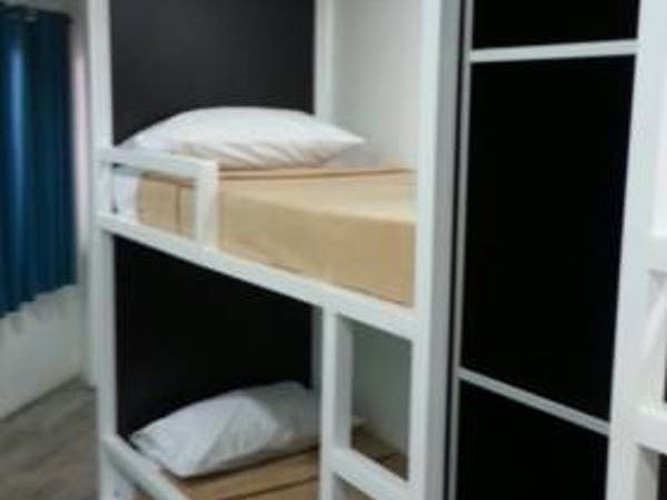 Mixed Dormitory Room