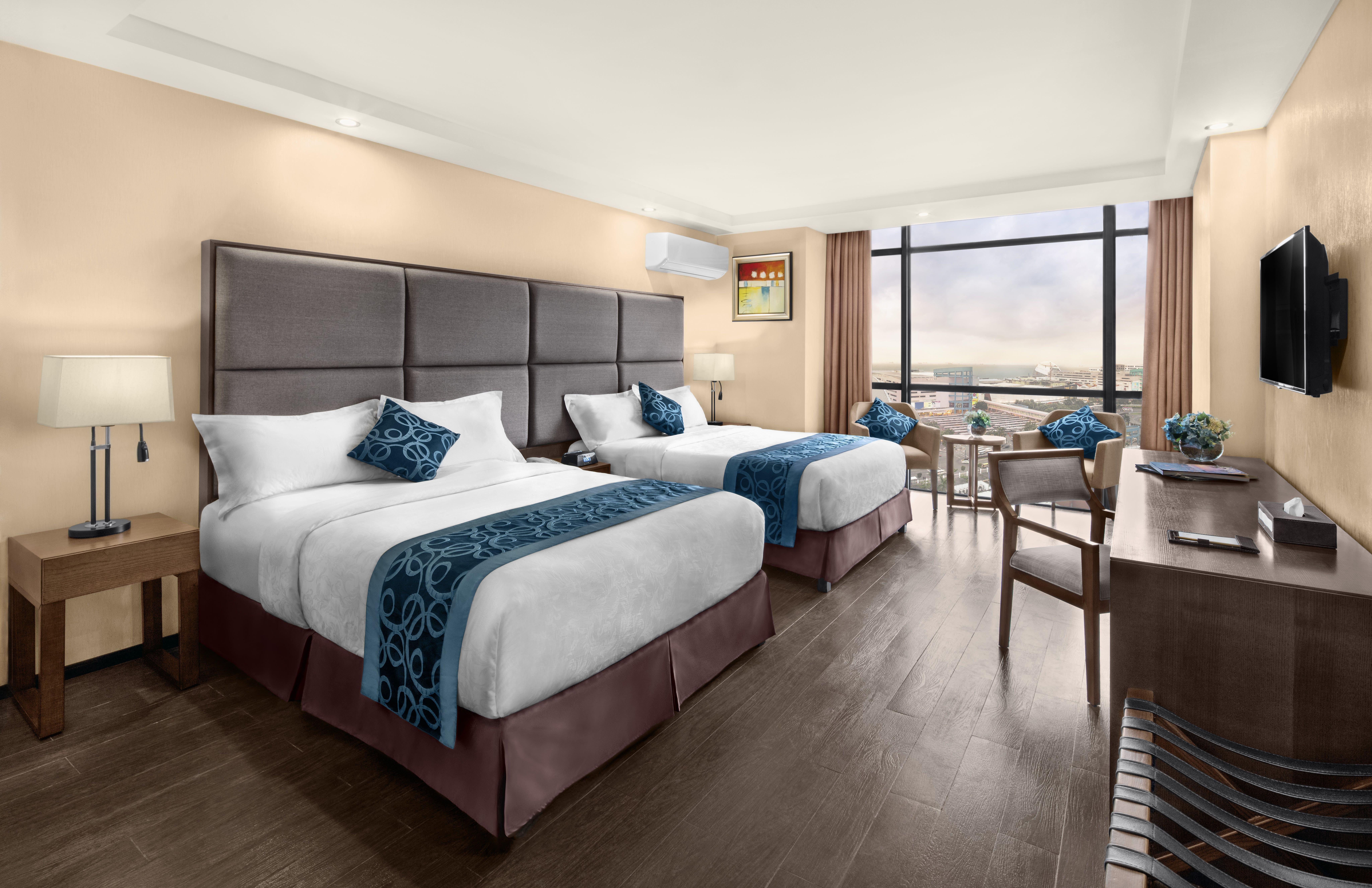 Deluxe Twin Room Golden Phoenix Hotel Manila A