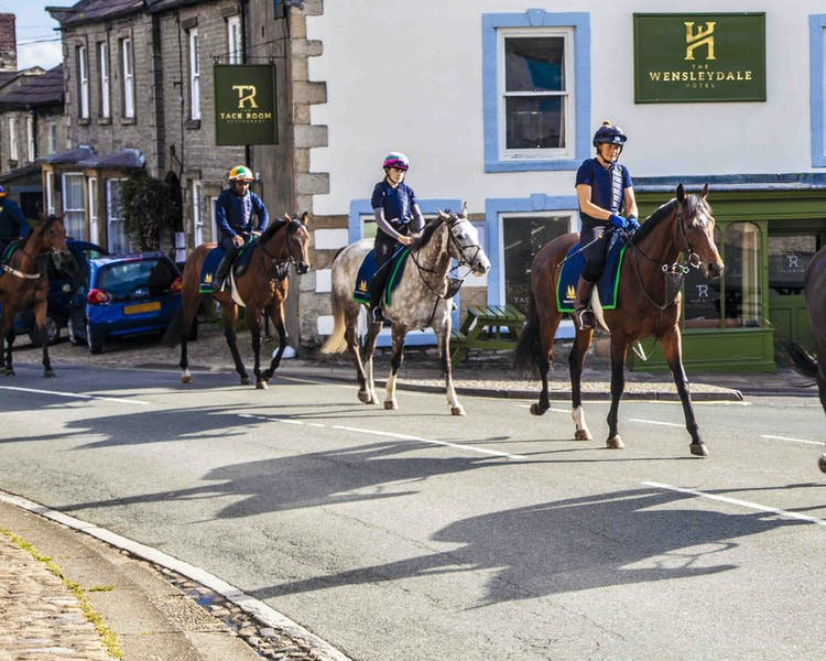 The Wensleydale Hotel Middleham, Yorkshire Dales Boutique Accommodation, racehorses, trainers, continental dining