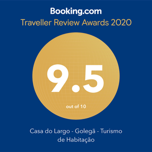 booking.com award traveller review