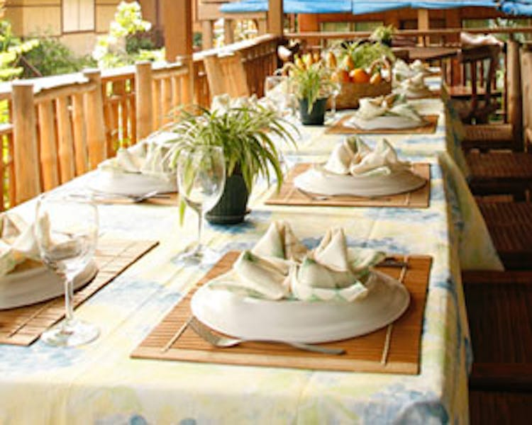 Lally and Abet Restaurant serves breakfast, lunch, and dinner daily.