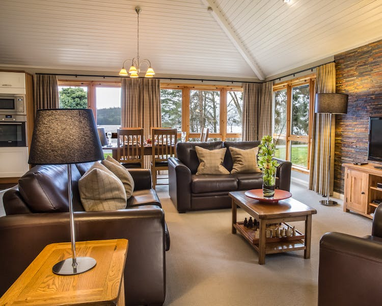 Lodge in Loch Lomond Scotland