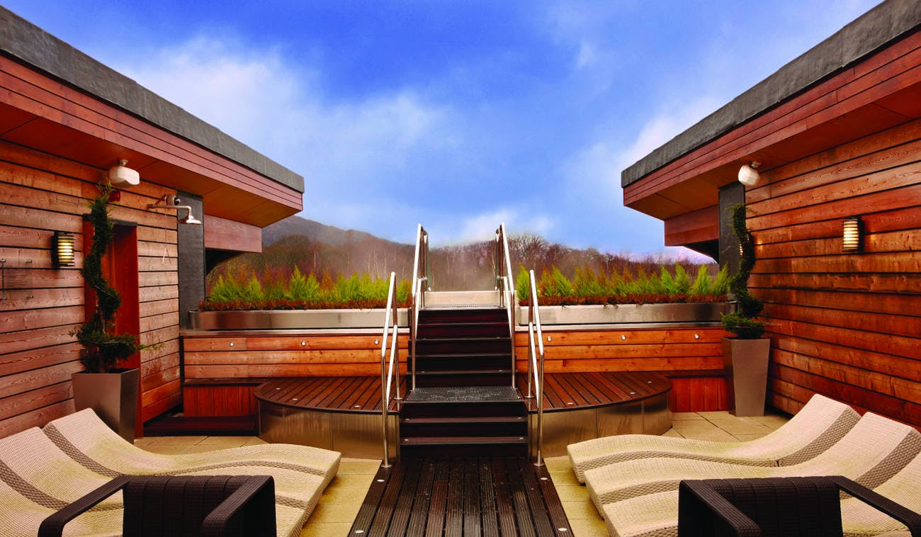 Infinity Pool Steps at Carrick Estate Spa
