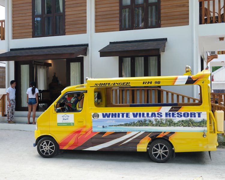 Island Tours Siquijor White Villas Resort 1MB