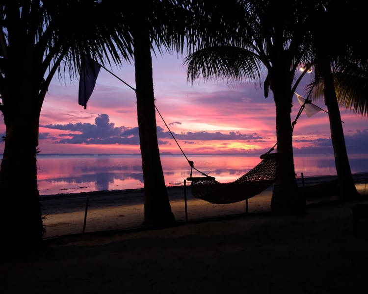 White-Villas-Resort-Siquijor-Island-Sunset 1MB