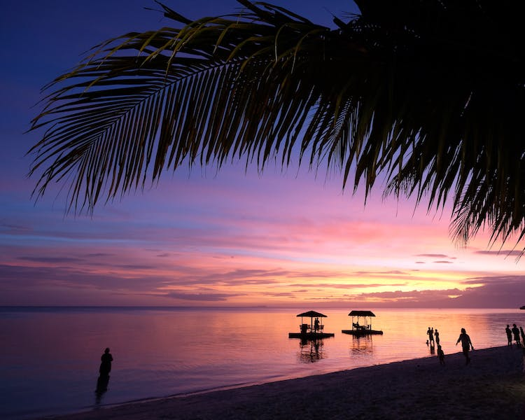 Siquijor Island Sunset Solangon Beach White VillasResort 1MB