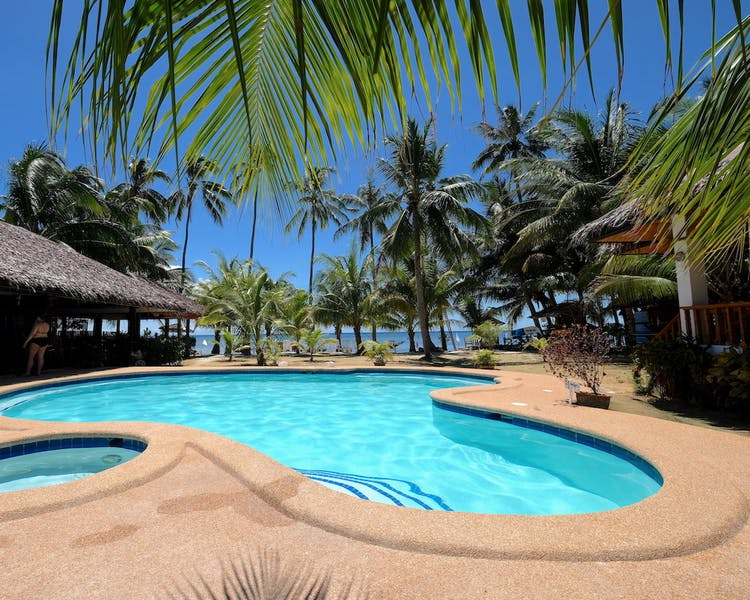 White-Villas-Resort-Siquijor-Swimming-Pool 1MB