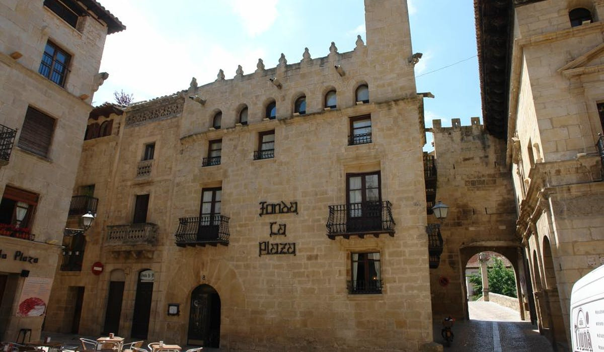 Facade of Fonda la Plaza