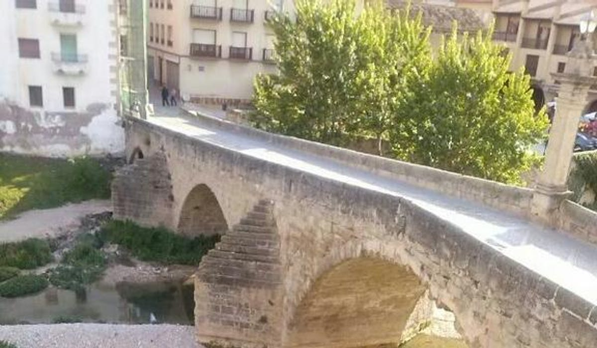 Valdrerrobres medieval bridge