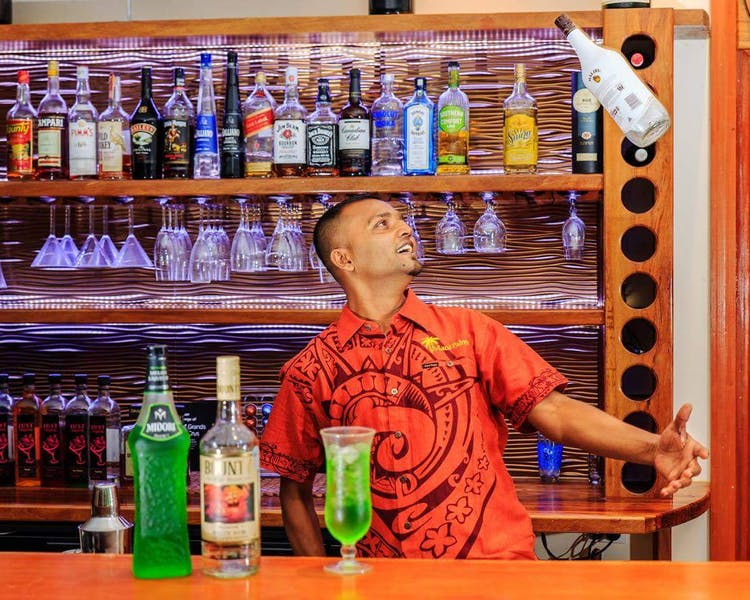 beachfront boutique hotel coral coast fiji cocktails staff