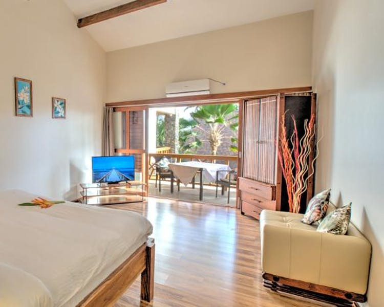 beachfront boutique hotel coral coast fiji private villa garden view bath romantic escape