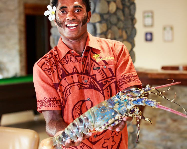 beachfront boutique hotel coral coast fiji fine dining lobster fresh seafood staff