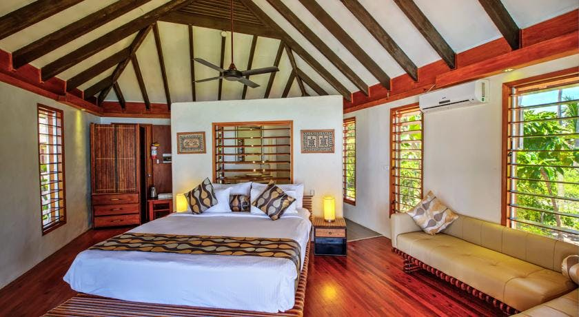 beachfront boutique hotel coral coast fiji private villa ocean view bath 2 person romantic escape